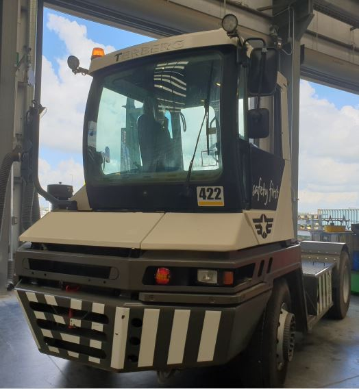 BLT WORLD Terminal Tractors